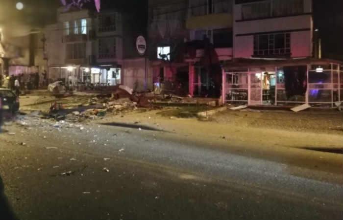 Fuerte explosión en una clínica de Mediláser, en Tunja