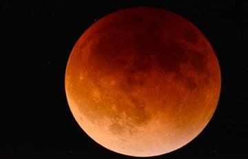 """¿Cuándo podrá ver la """"superluna azul de sangre""""?"""