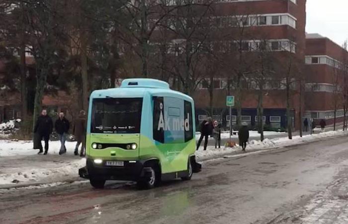 Primer autobús autónomo de Suecia entra en funcionamiento