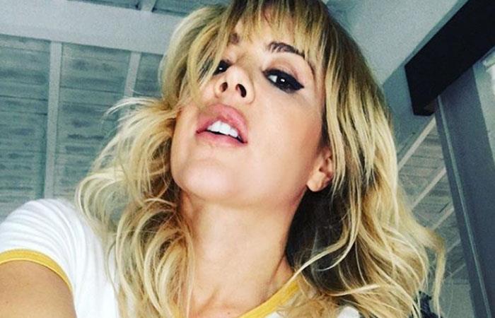 Natalia París calentó las redes con sensuales movimientos en ropa interior