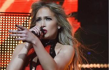 En pleno show Jennifer López celebró su aniversario con Alex Rodríguez