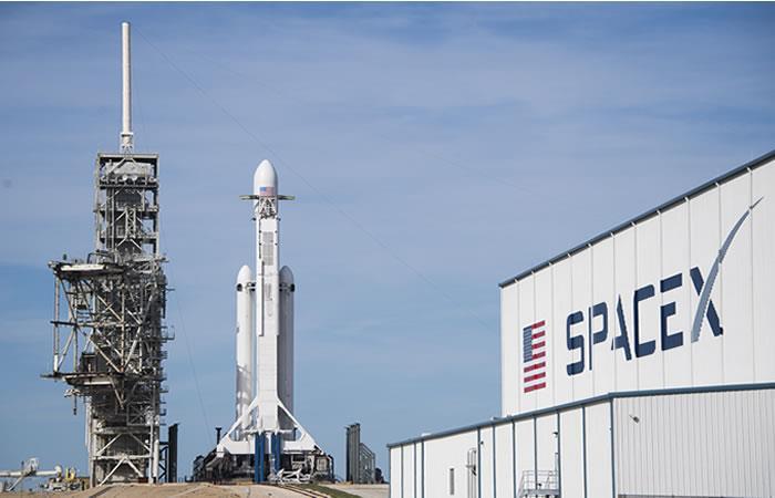 SpaceX lanza el nuevo Falcon Heavy, el cohete más potente del mundo