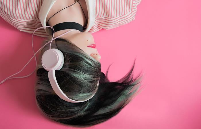Descubre que tipo de amante eres según la música que escuchas