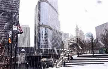 Cancelación de vuelos y colapso de carreteras por tormenta invernal en EE.UU.