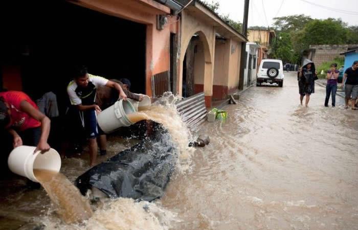 Inusuales lluvias en Guatemala dejan casi 100.000 afectados