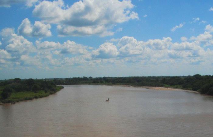 Colombia: Rescatan a dos venezolanos que intentaban cruzar la frontera nadando