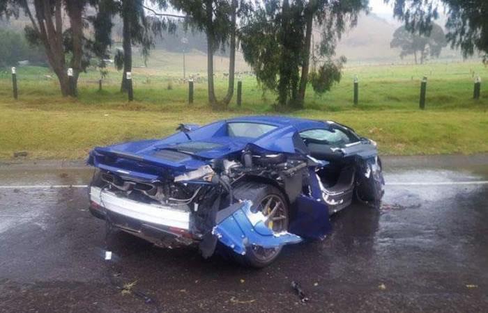 Implicado en el accidente de autos de lujos demandará a McLaren por esta razón