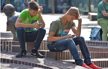 10 señales que te dicen si eres adicto a las redes sociales
