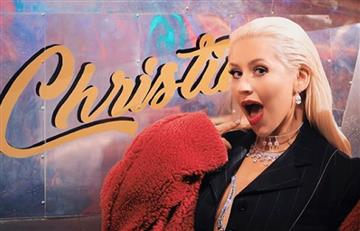Christina Aguilera revolucionó las redes con desnudo en una bañera