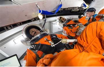 NASA: Su nuevo traje espacial tendría un inodoro incorporado