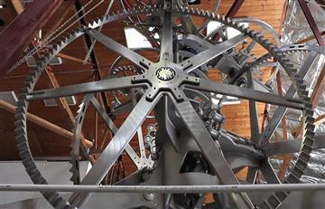 Jeff Bezos y su ambicioso proyecto del reloj que dará la hora por 10.000 años