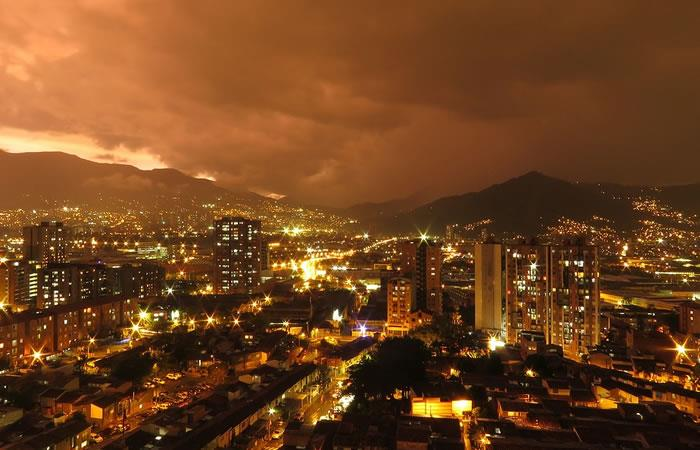 Noche en Medellín -. Foto: Pixabay
