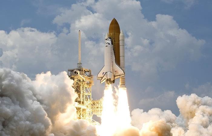 SpaceX: Lanzan un cohete con prototipos de Internet por satélite