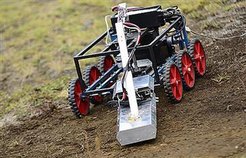 Crean vehículo robotizado capaz de detectar minas antipersona