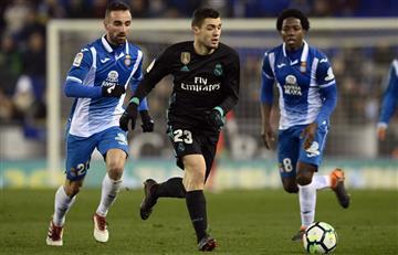 Espanyol con Carlos Sánchez vencen a un Real Madrid en crisis