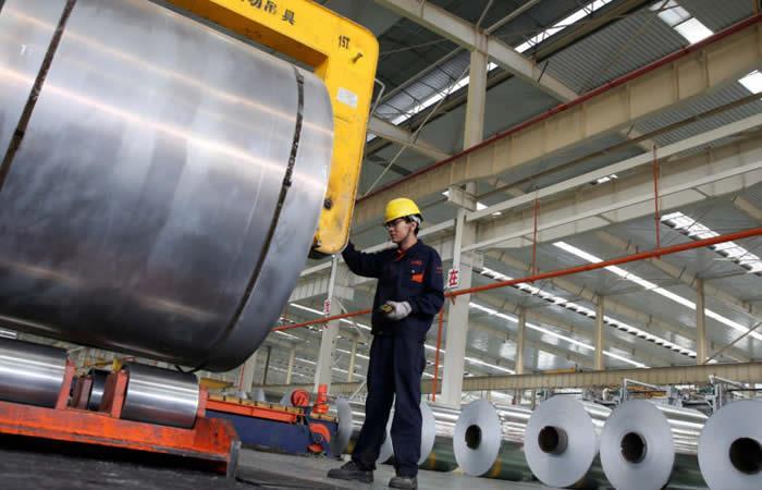 China advierte que tomará medidas si EEUU amenaza su economía