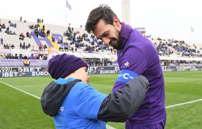 Muestras de dolor y apoyo ante la muerte de Davide Astori