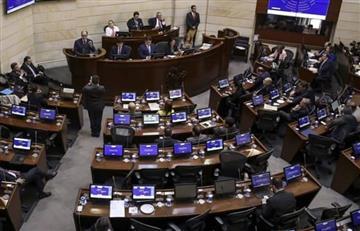 Congresistas tendrán aumento de sueldo en 1,5 millones de pesos para 2018