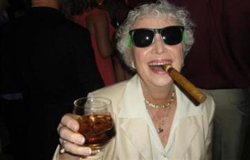 Tomar cerveza, vino y café hará que vivas más de 90 años