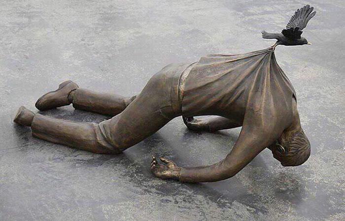 Increíbles estatuas del mundo que desafían la gravedad