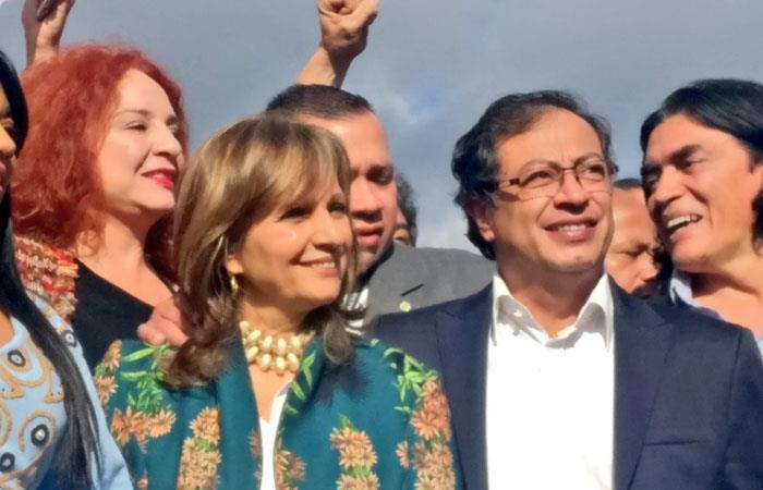 ¿Ángela Robledo inhabilitada para ser la fórmula vicepresindencial de Petro?