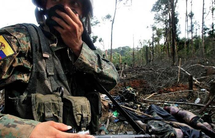 Explosión deja tres militares ecuatorianos muertos en frontera con Colombia