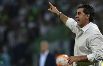 América de Cali se queda sin técnico, 'El Polilla' da Silva renunció
