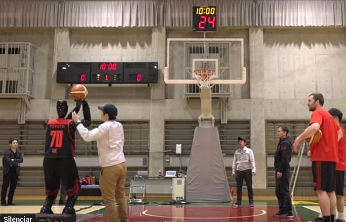 Video: Conoce a 'Cue', el primer robot basquetbolista del mundo