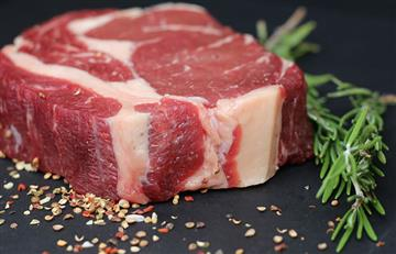 La carne roja, un peligro mortal que advierte la ciencia