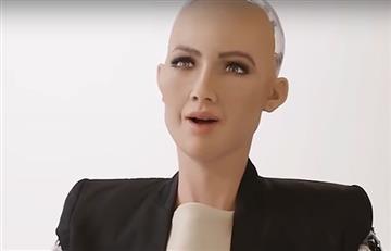 """Robot Sophia dice que el espíritu humano es """"increíble"""" y nada lo puede matar"""