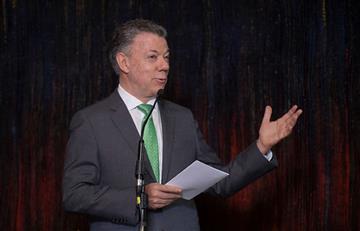 Presidente Santos condena asesinato de periodistas ecuatorianos