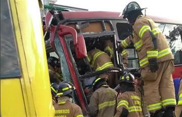 Transmilenio: Choque entre dos buses deja más de 20 heridos