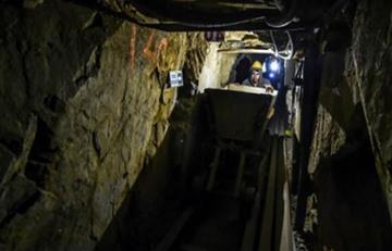 Atrapados 17 mineros en Caldas