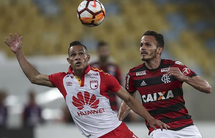 Santa Fe y Flamengo empataron en un Maracaná sin público