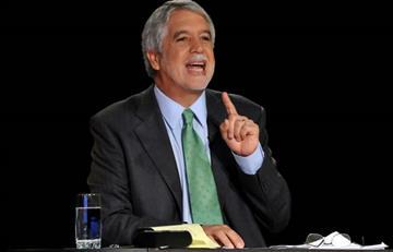 Candidatos presidenciales critican a Peñalosa y él les responde