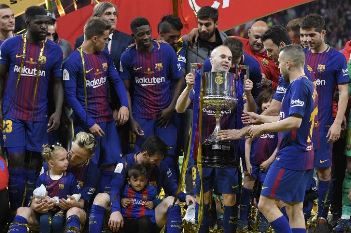 Barcelona levanta por cuarta vez consecutiva la Copa del Rey
