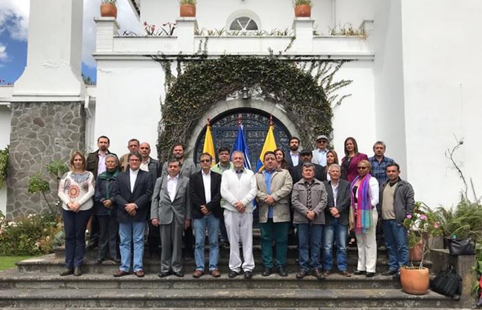 Diálogos de paz: Chile se brinda como sede y garante para continuar el proceso con ELN