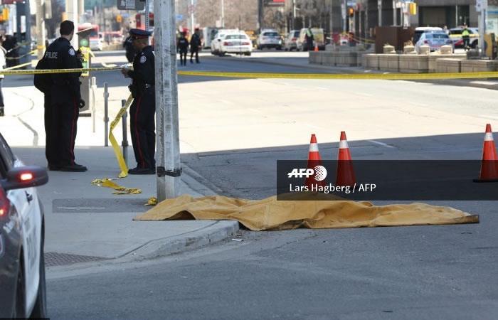 Arrollan a una decena de peatones en Toronto, Canadá