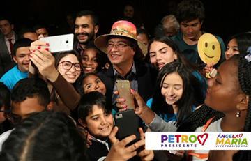 Sólo Petro le cumplió a los niños en un encuentro programado con los candidatos