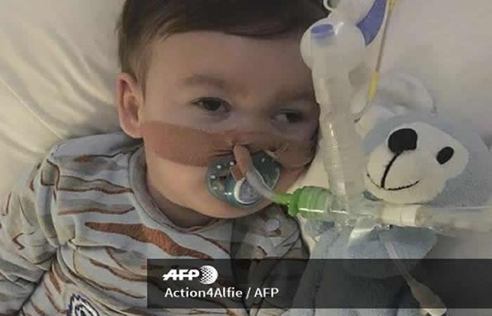 Justicia británica impide el traslado del bebé Alfie Evans a Italia