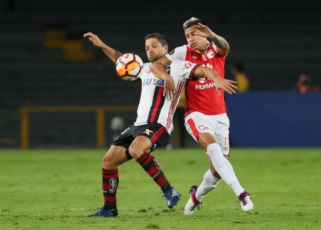 Santa Fe empata con Flamengo y Boca cae 2-0 ante Palmeiras