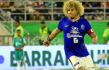 Leyendas del fútbol mundial ganaron en la reinaguración del Romelio Martínez