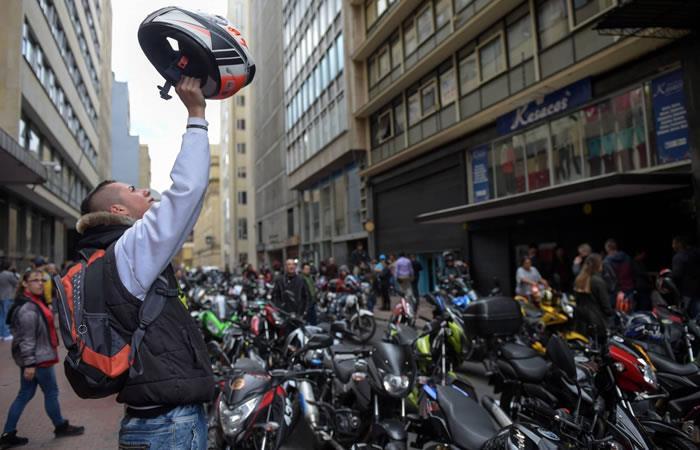 Bogotá: La alcaldía extendió por tres meses más la restricción al parrillero en moto