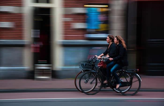 Bogotá: Mujeres en bicicleta se toman la capital este 10 de mayo