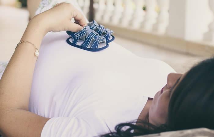 ¿Por qué la preeclampsia puede complicar el embarazo?