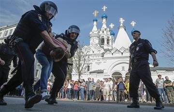 Detienen al opositor ruso Alexéi Navalni durante manifestación contra Putin