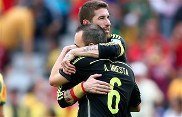Sergio Ramos recibió un obsequio de Iniesta en el Clásico