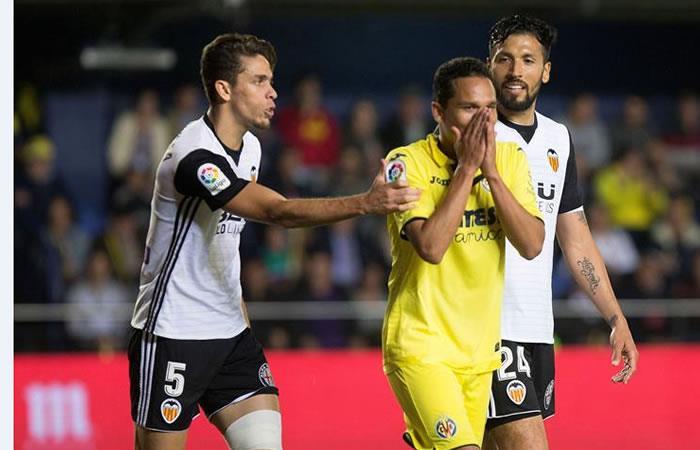 ¿Carlos Bacca se irá del Villareal?