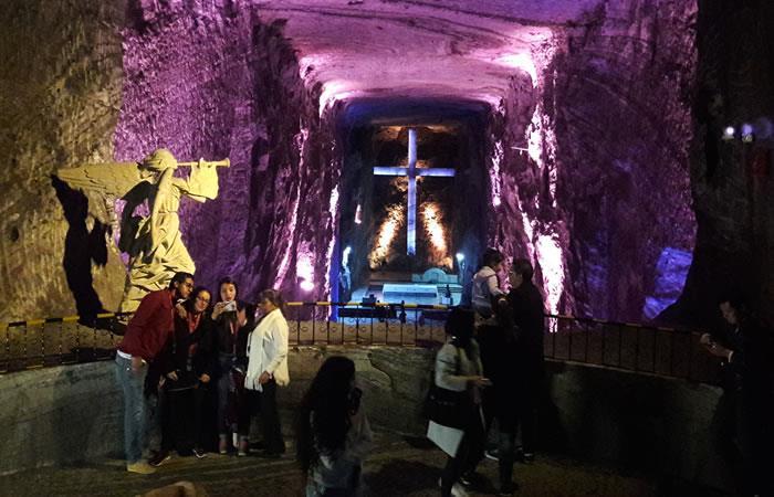 La auténtica Cuba se toma la Catedral de Sal en el mes de las madres