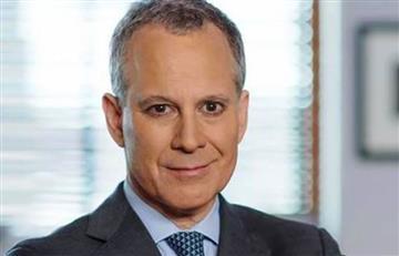 Renuncia Fiscal de Nueva York acusado de violencia contra mujeres